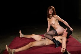 Maitresse-Madeline-returns-with-a-vengeance