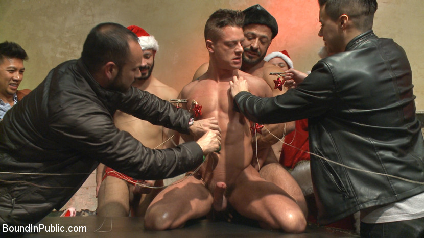 Stuffing the holiday whore