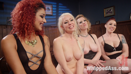 Dyke Bar 2: Lorelei Lee Devoured by Hot Horny Lesbians!