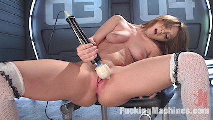 All Natural 19 Year Old Girl Next Door is Machine Fucked Like a Whore
