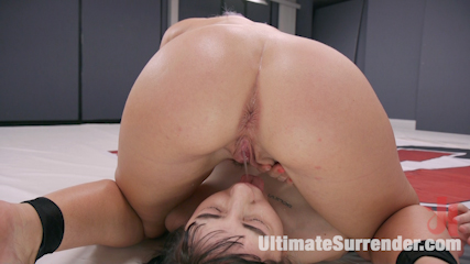 The Toilet sees a lot of pussy and ass!
