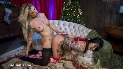 All lily lane wants for christmas is a pretty violent penish.