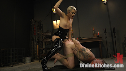 The Femdom Lyfestyle: Real Couple Plays Hard