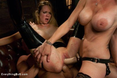 Mistress taylor takes cyclops for a ride - 4 3