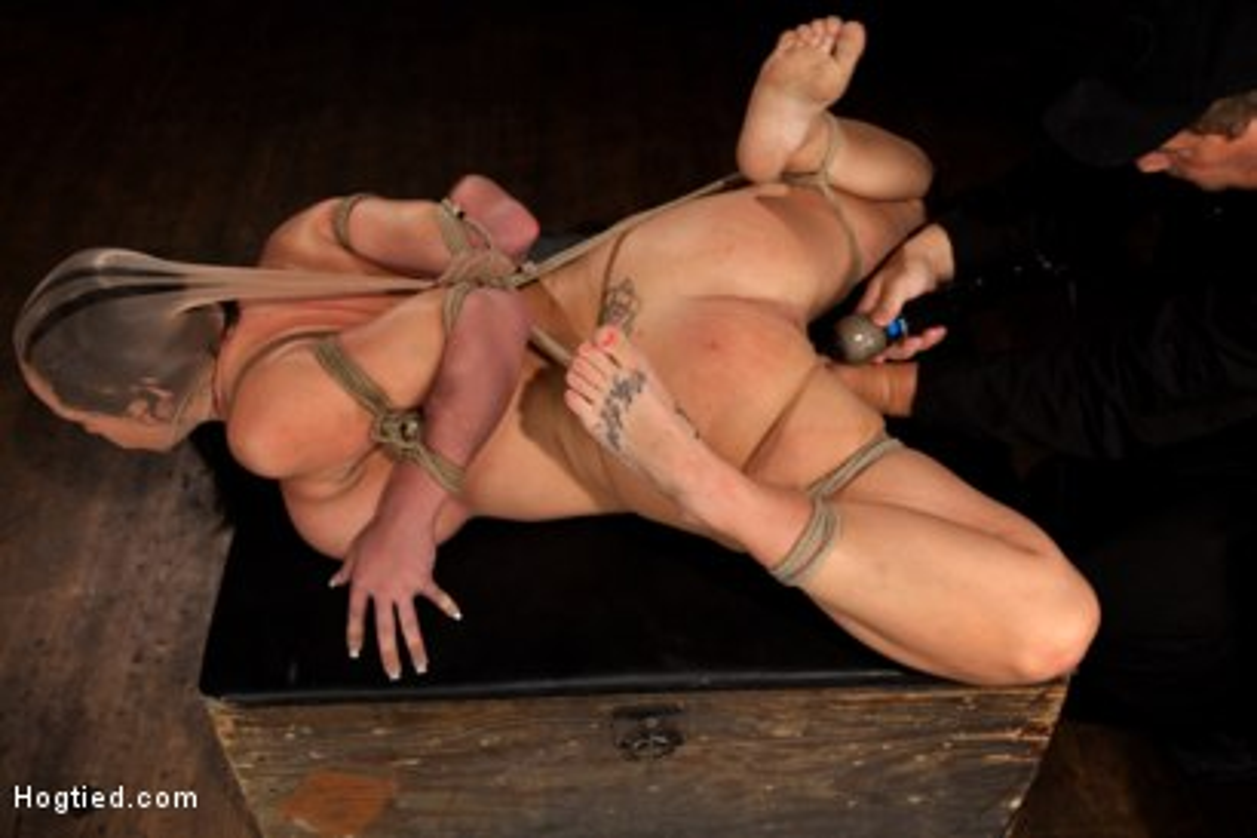 Girl bondage elbows tied