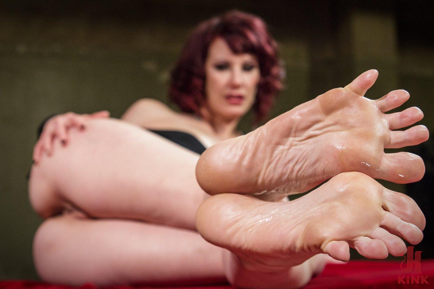 kink.com foot worship
