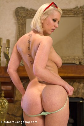 Rico strong vs busty blonde
