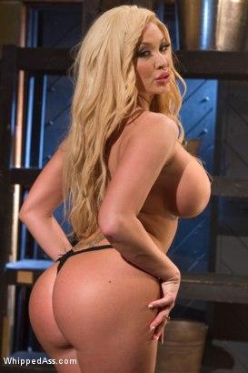 Summer Brielle Bondage