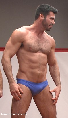 Muscle daddy casey has some ideas of having fuck