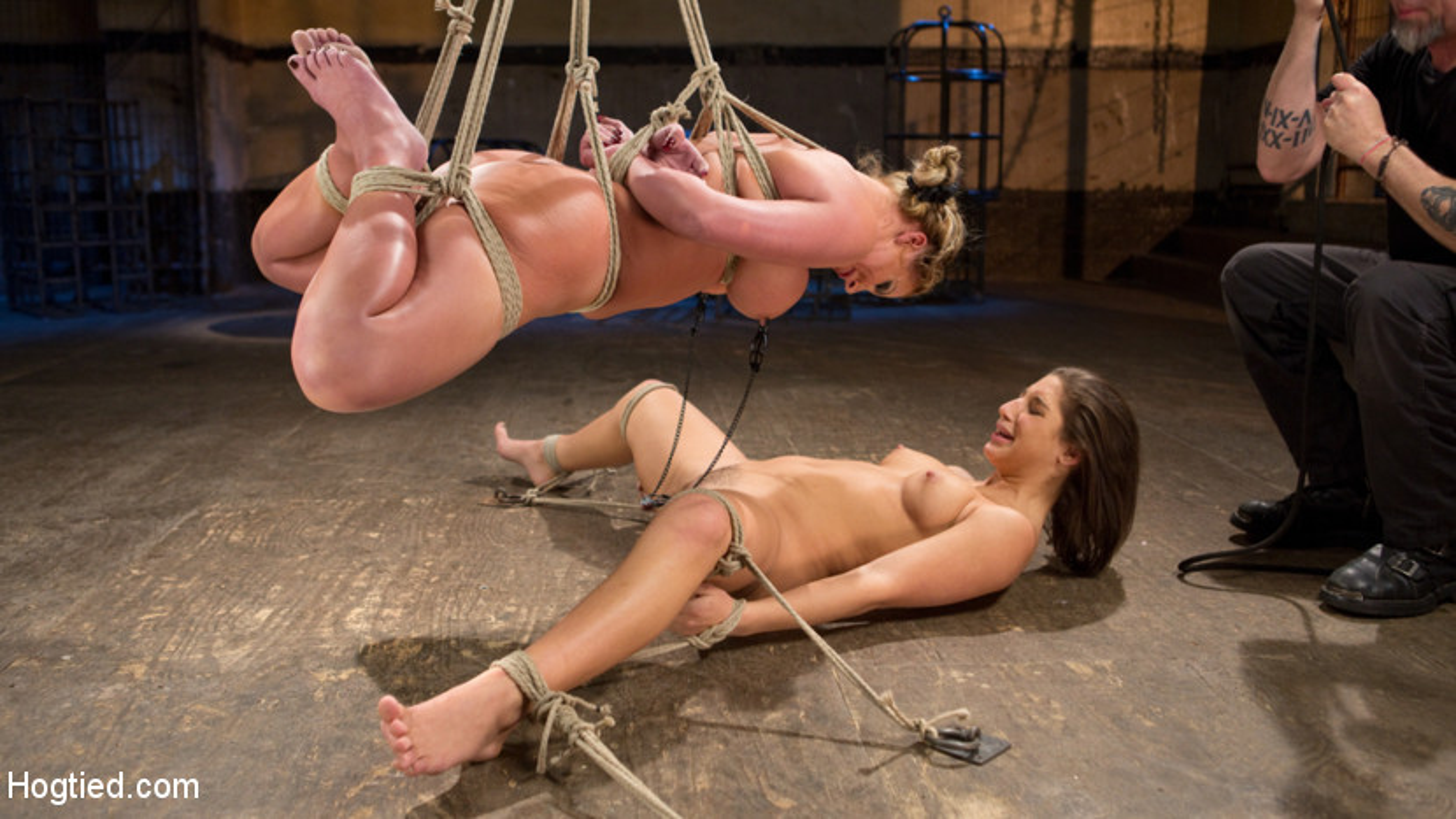 Phoenix Marie e Abella Pericolo Helpless in schiavitù, tormentato e Made to Cum !! (Kink)