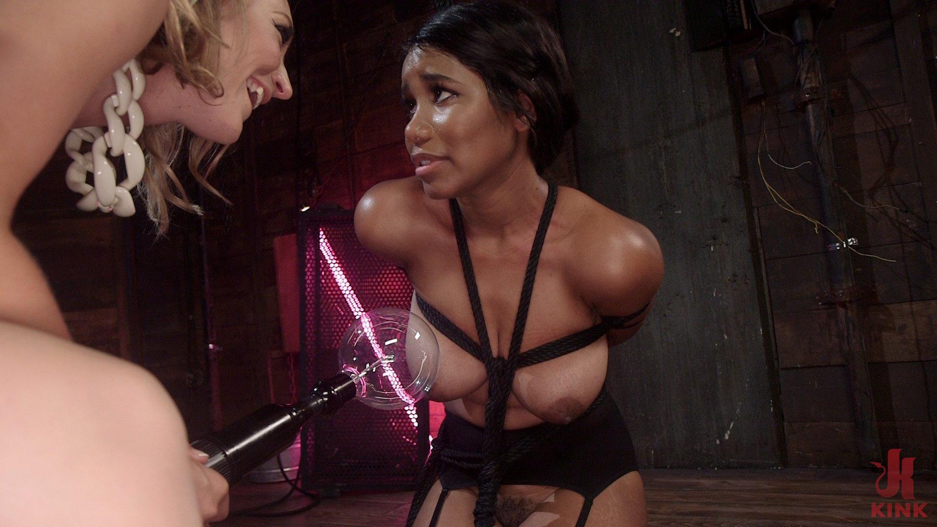 Lesbian Electro Fear Play