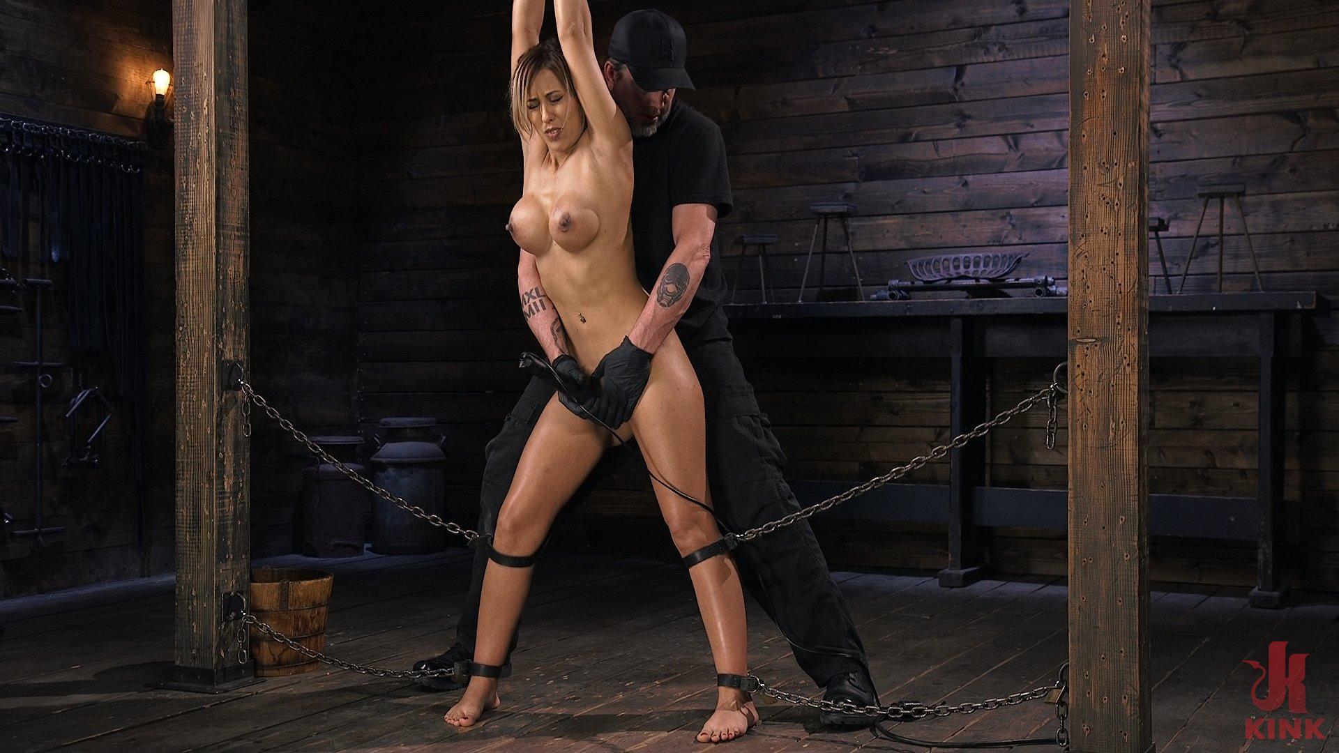 Procace Latina Slut è tormentato in Bondage estenuante (Kink)