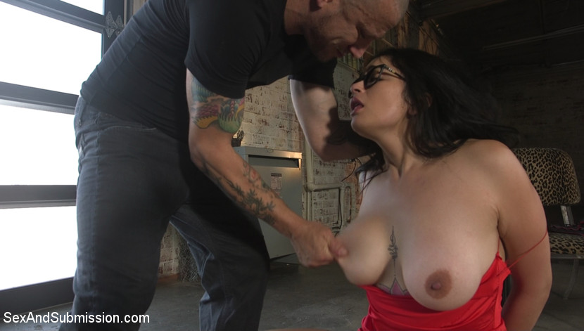 Screenshot #3 from Yes Daddy, Fuck My Ass: New Girl Carolina Cortez Submits to Mr. Pete movie