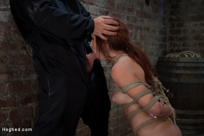 Free hoes in bondage